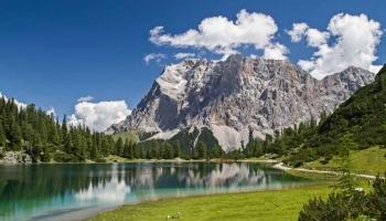 Wandern Panoramaweg von Oberammergau zur Zugspitze